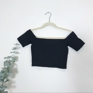 Wilfred Free| Black Off the Shoulder Crop Top | XS